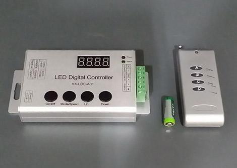 3球1アドレス 光の流れるテープライト用簡易コントローラ