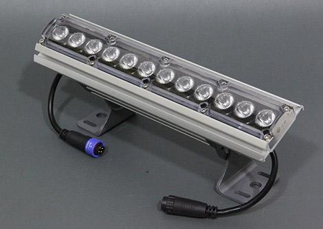 DMX制御対応 RGBWウオールウオッシャー