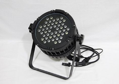 DMX対応 LEDウォールウォッシャー(RGB・240W)